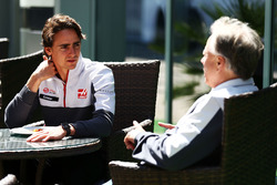 Esteban Gutierrez, Haas F1 Team mit Gene Haas, Haas Automotion Präsident