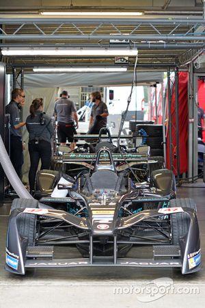 Jaguar Racing team area