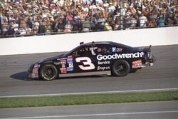 1. Dale Earnhardt, Richard Childress Racing, Chevrolet Monte Carlo