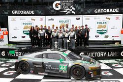 GTD winners John Potter, Andy Lally, Marco Seefried, René Rast, Magnus Racing celebrate