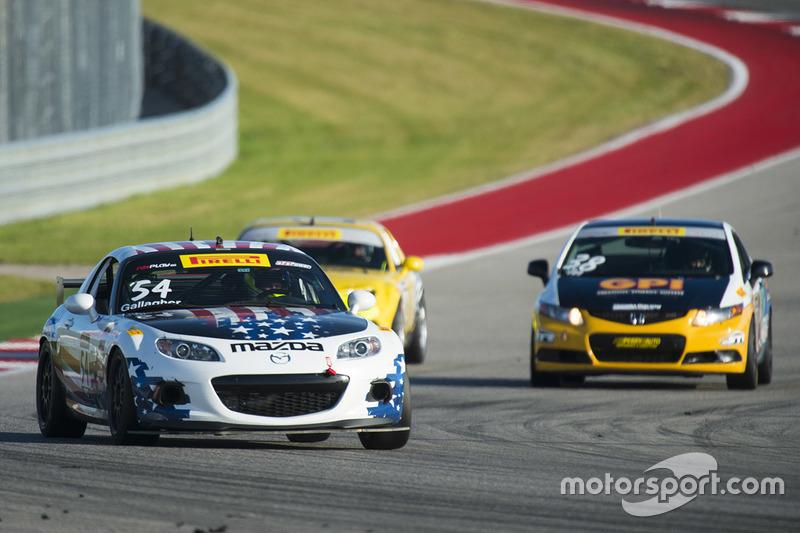#54 Mazda MX-5: Patrick Gallagher