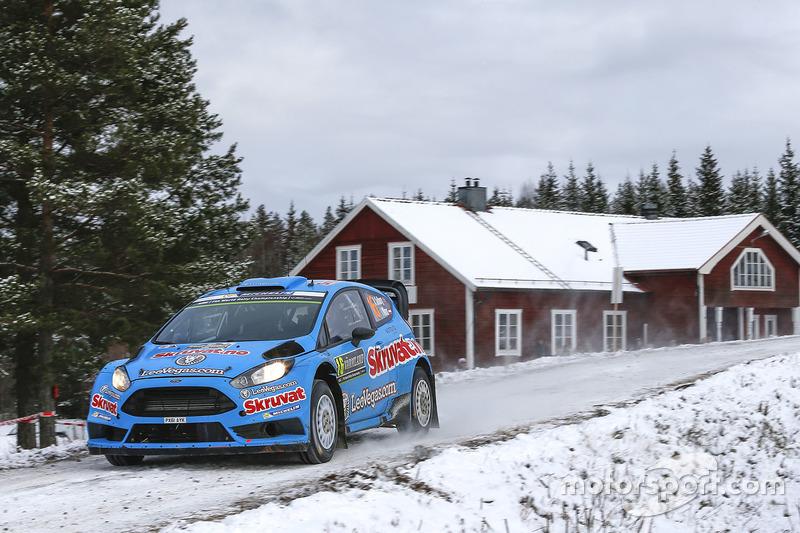 Henning Solberg en Ilka Minor, Ford Fiesta WRC
