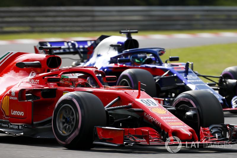 Antonio Giovinazzi, Ferrari SF71H, Brendon Hartley, Toro Rosso STR13