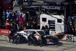 Kasey Kahne, Leavine Family Racing, Chevrolet Camaro Procore makes a pit stop, Sunoco