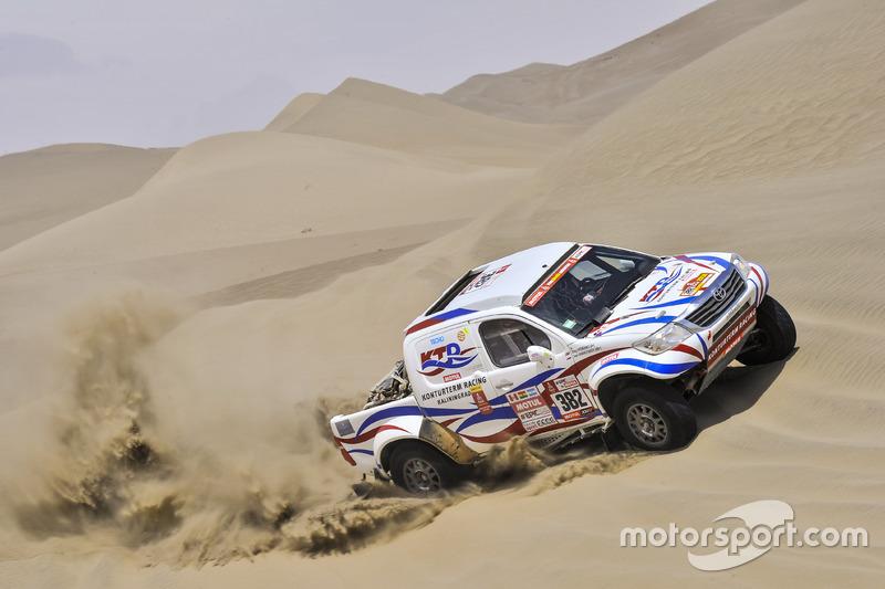 #382 Toyota: Іван Шихотаров, Олег Уперенко