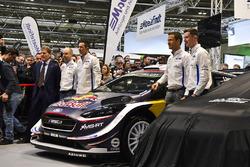 Malcolm Wilson, Sébastien Ogier et Elfyn Evans, M-Sport Ford, lors de la présentation de la saison WRC