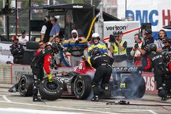 Robert Wickens, Schmidt Peterson Motorsports Honda, durant un arrêt aux stands