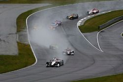 Josef Newgarden, Team Penske Chevrolet mène au départ
