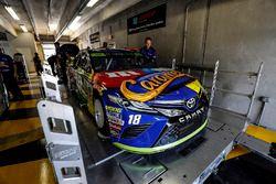 Kyle Busch, Joe Gibbs Racing Toyota, tech inspection