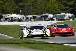 #55 Dream Racing Motorsport Lamborghini Huracan GT3: Yuki Harata, #61 R.Ferri Motorsport Ferrari 488 GT3: Toni Vilander