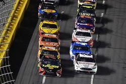 Martin Truex Jr., Furniture Row Racing, Toyota Camry 5-hour ENERGY/Bass Pro Shops, Brad Keselowski, Team Penske, Ford Fusion Discount Tire