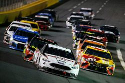 Brad Keselowski, Team Penske, Ford Fusion Discount Tire Kyle Busch, Joe Gibbs Racing, Toyota Camry M&M's M&M's Red Nose Day