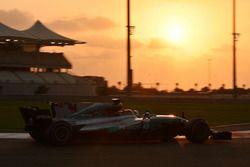Льюис Хэмилтон, Mercedes F1 W08