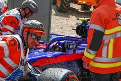 Pierre Gasly, Scuderia Toro Rosso STR13, contraint à l'abandon