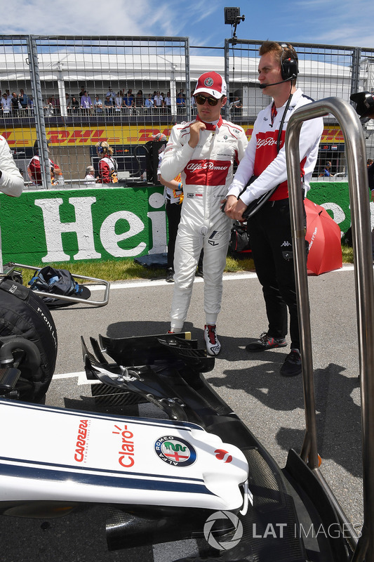 Charles Leclerc, Sauber on the grid