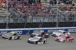 Kevin Harvick, Stewart-Haas Racing, Ford Fusion Jimmy John's Kasey Kahne, Leavine Family Racing, Chevrolet