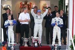 Podium: race winner Kimi Raikkonen, McLaren, second place Nick Heidfeld, Williams, third place Mark