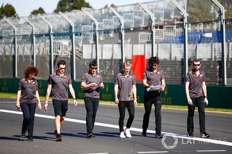 Giro di pista per Kevin Magnussen, Haas F1 Team