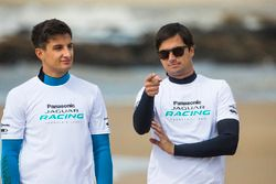 Mitch Evans, Jaguar Racing, Nelson Piquet Jr., Jaguar Racing, en la playa
