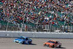 Kyle Larson, Chip Ganassi Racing Chevrolet Daniel Suarez, Joe Gibbs Racing Toyota