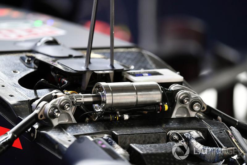 Une suspension avant de la Red Bull Racing RB14