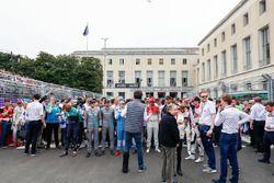 Les pilotes 2018 de Formule E sur la grille à Rome