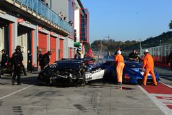 #130 DAC Motorsport: Brandon Gdovic, Emmanuel Anassis, vettura incidentata