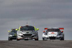 #171 Team Eva Solo / Jönsson Consulting, Peugeot RCZ: Jan Engelbrecht, Thomas Sørensen, Henrik Søren