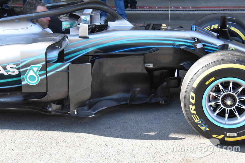 Mercedes-AMG F1 W09 sidepods detail