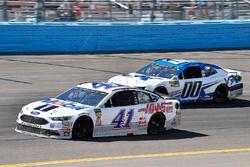 Kurt Busch, Stewart-Haas Racing, Ford Fusion Mobil 1/Haas Automation and Jeffrey Earnhardt, StarCom