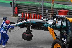 The crashed car of Lewis Hamilton, Mercedes-Benz F1 W08 is recovered in Q1