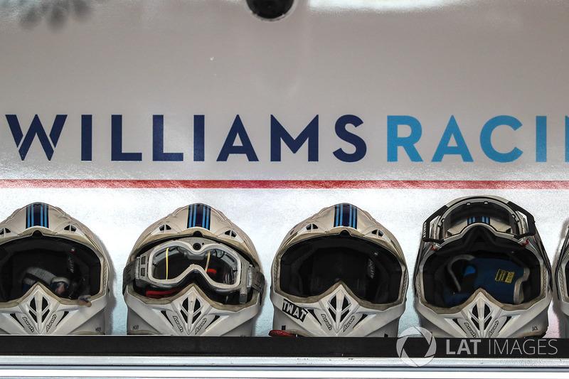 Cascos de mecánicos de Williams