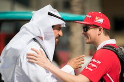 Kimi Raikkonen, Ferrari talks with Mohammed Bin Sulayem