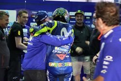 Valentino Rossi, Yamaha Factory Racing and team celebrate