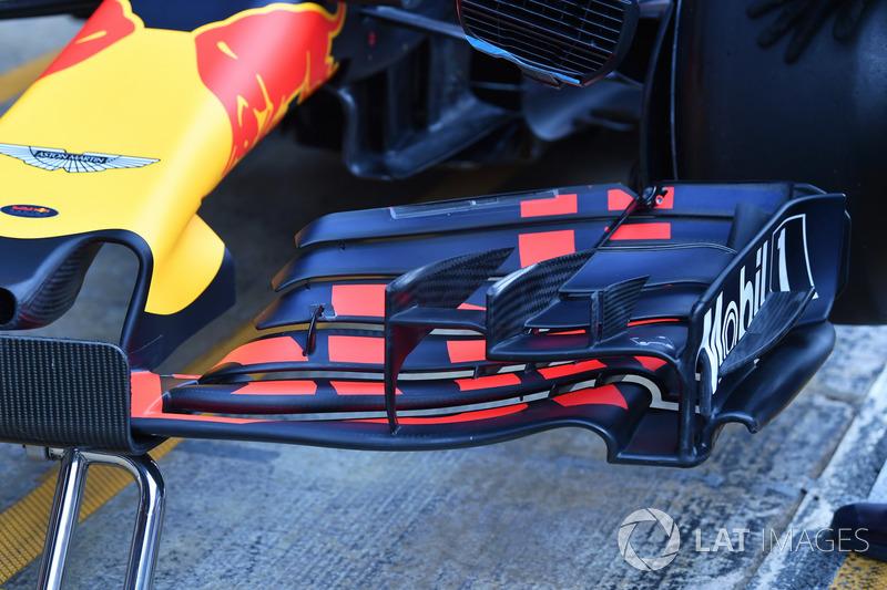 Red Bull Racing RB14 ön kanat detay