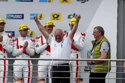 Podium: Wolfgang Land, teambaas Audi Sport Team Land Motorsport
