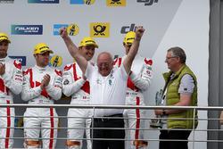 Руководитель Audi Sport Team Land Motorsport Вольфганг Ланд