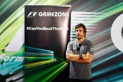 Fernando Alonso, McLaren, en la Gamezone