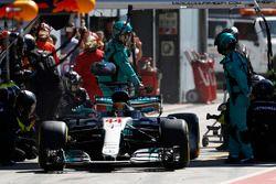 Lewis Hamilton, Mercedes AMG F1 W08, Boxenstopp