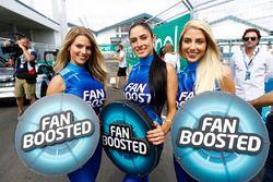 Fan Boost girls