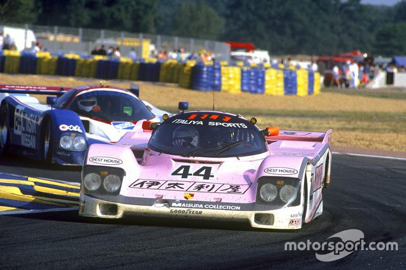 John Watson, Bruno Giacomelli, Allen Berg, Porsche 962C, voor Bob Earl, Michael Roe, Steve Millen, Nissan R90CK