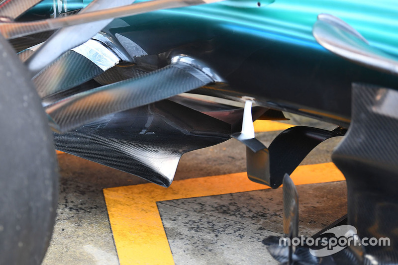 Mercedes AMG F1 W08 front detail