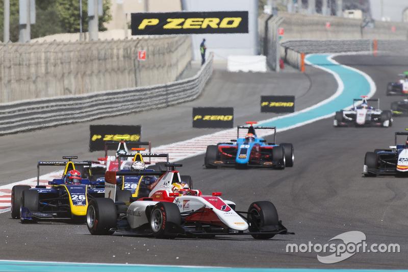 Charles Leclerc, ART Grand Prix leads Santino Ferrucci, DAMS