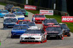 Austin Cindric, Team Penske Ford e Christopher Bell, Joe Gibbs Racing Toyota