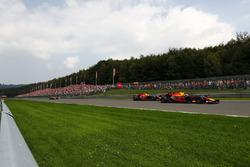 Max Verstappen, Red Bull Racing RB13, Daniel Ricciardo, Red Bull Racing RB13 and Fernando Alonso, McLaren MCL32