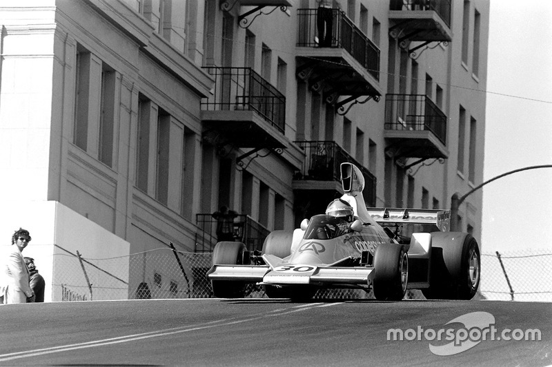 Emerson Fittipaldi, Copersucar Fittipaldi FD04-Ford Cosworth
