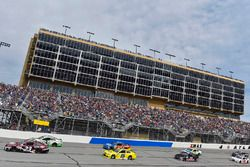 Gray Gaulding, BK Racing Toyota en Corey LaJoie, BK Racing Toyota