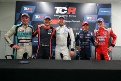 Press Conference: Jean-Karl Vernay, Leopard Racing Team WRT, Volkswagen Golf GTi TCR, Rob Huff, Leopard Racing Team WRT, Volkswagen Golf GTi TCR, Gianni Morbidelli, West Coast Racing, Volkswagen Golf GTi TCR, Gabriele Tarquini, BRC Racing Team, Hyundai i30 N TCR, James Nash, Lukoil Craft-Bamboo Racing, SEAT León TCR