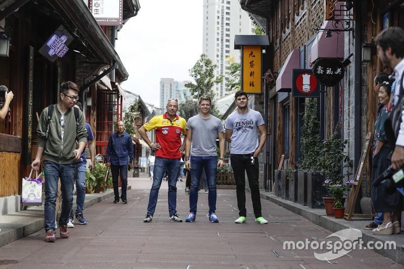 Tom Coronel, Roal Motorsport, Chevrolet RML Cruze TC1, Yann Ehrlacher, RC Motorsport, Lada Vesta , D