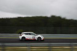 Raphael Hundeborn, Marc Legel, Roman Loehnert, Opel Astra TCR